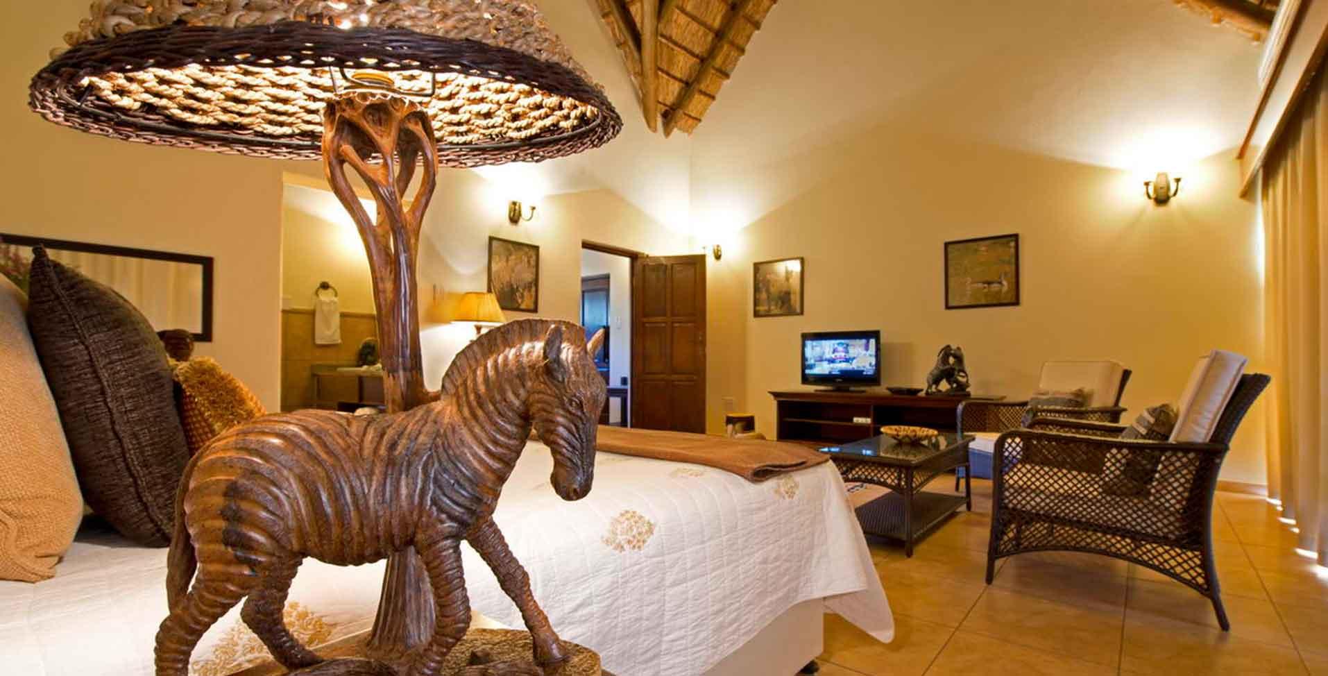 Luxury suites decor 01 thaba khaya lodge - Luxury home furnishings and decor collection ...