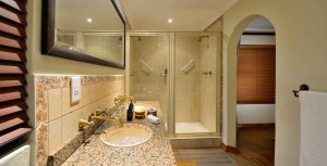 Standard Rooms Game Lodge Bathroom
